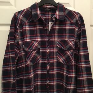 Silver Jeans  Men's Flannel Button-up Plaid Shirt